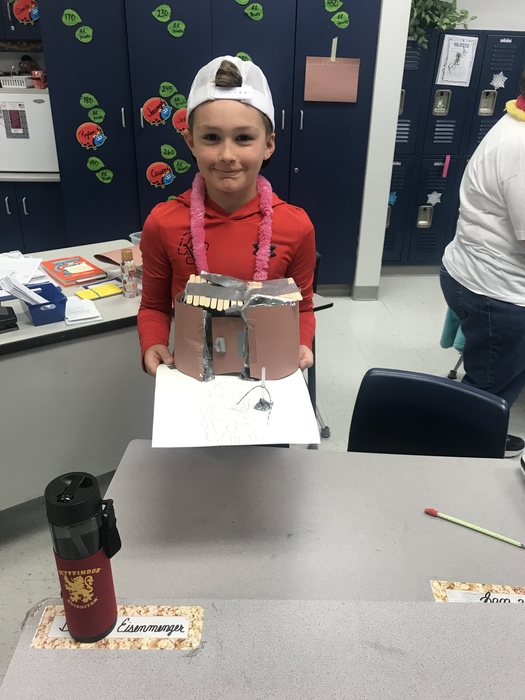 4th Graders Build Shelters
